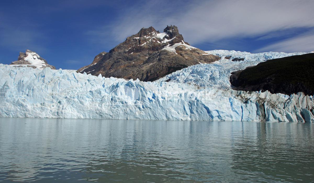 Los Glaciares National Park, Argentina 32 Alexander Ludwig National Park Los Glaciares, Patagonia, Argentina