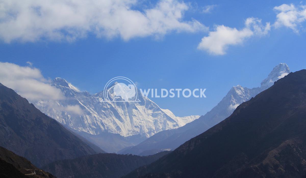 Cradle in Khumbu Frank  Castro