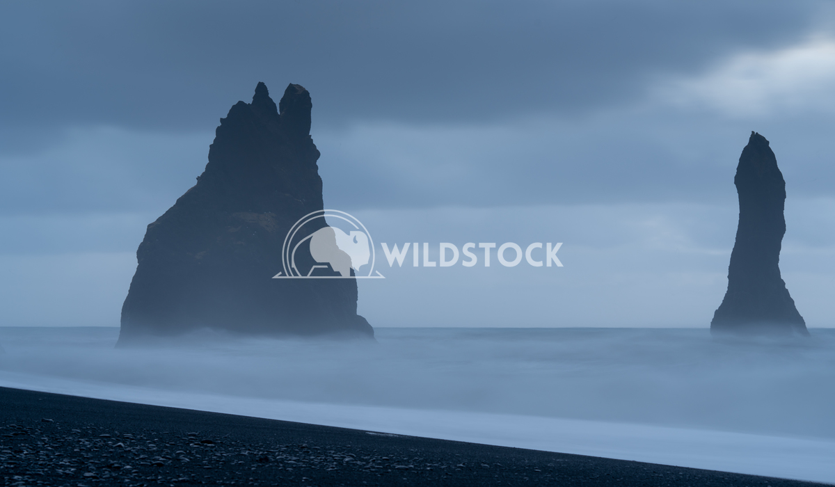 Reynisfjara close to Vik, Iceland, Europe 2 Alexander Ludwig Rock spire of Reynisdrangur, coast of Reynisfjara close to